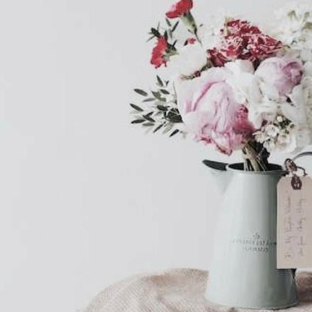 Gewinnt einen prall gefüllten Geschenkekorb zum Muttertag!
