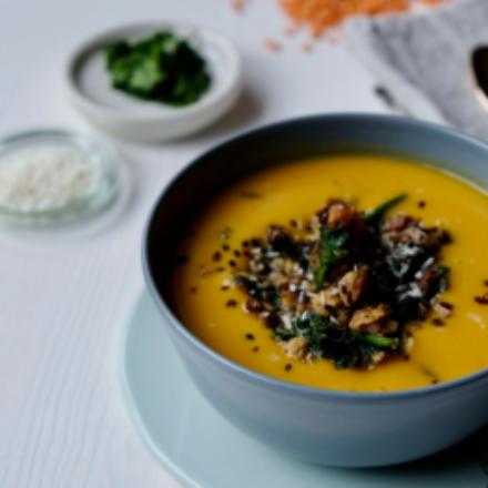 Vegane Süßkartoffel-Suppe für 2.